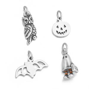 JUJIE Wholesale Stainless Steel Halloween Pumpkin Skull Ghost Shaped Eco Friendly Charm DIY Jewelry